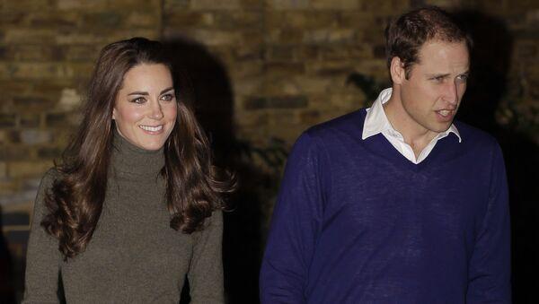 El príncipe Guillermo y su esposa Kate, duquesa de Cambridge - Sputnik Mundo