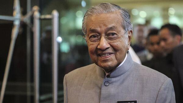 El primer ministro de Malasia, Mahathir Mohamad - Sputnik Mundo