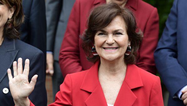Secretaria de Igualdad Carmen Calvo - Sputnik Mundo