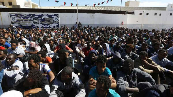 Inmigrantes ilegales en Libia - Sputnik Mundo