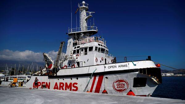 Barco de la ONG española Open Arms - Sputnik Mundo