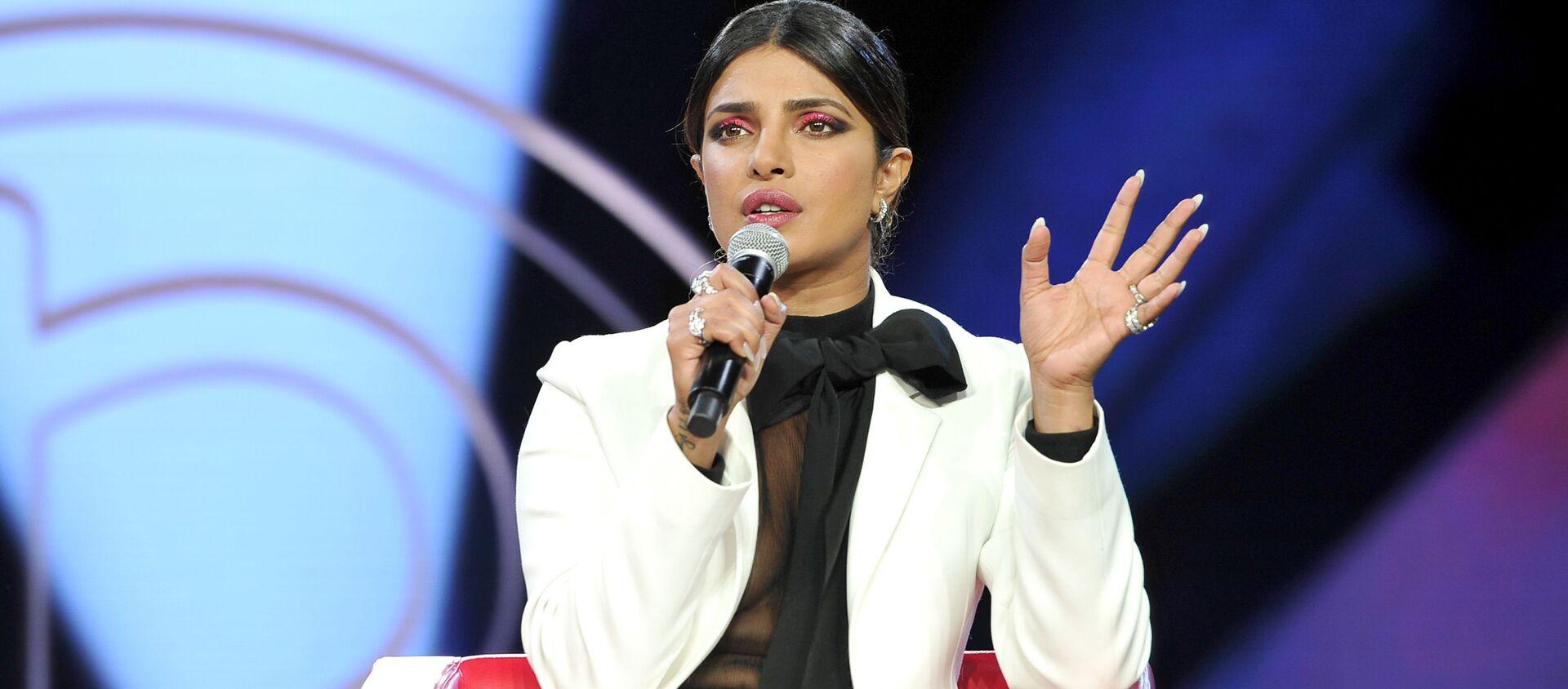 Priyanka Chopra, actriz india, durante un evento dedicado a la industria de la belleza, en Los Angeles - Sputnik Mundo, 1920, 12.08.2019