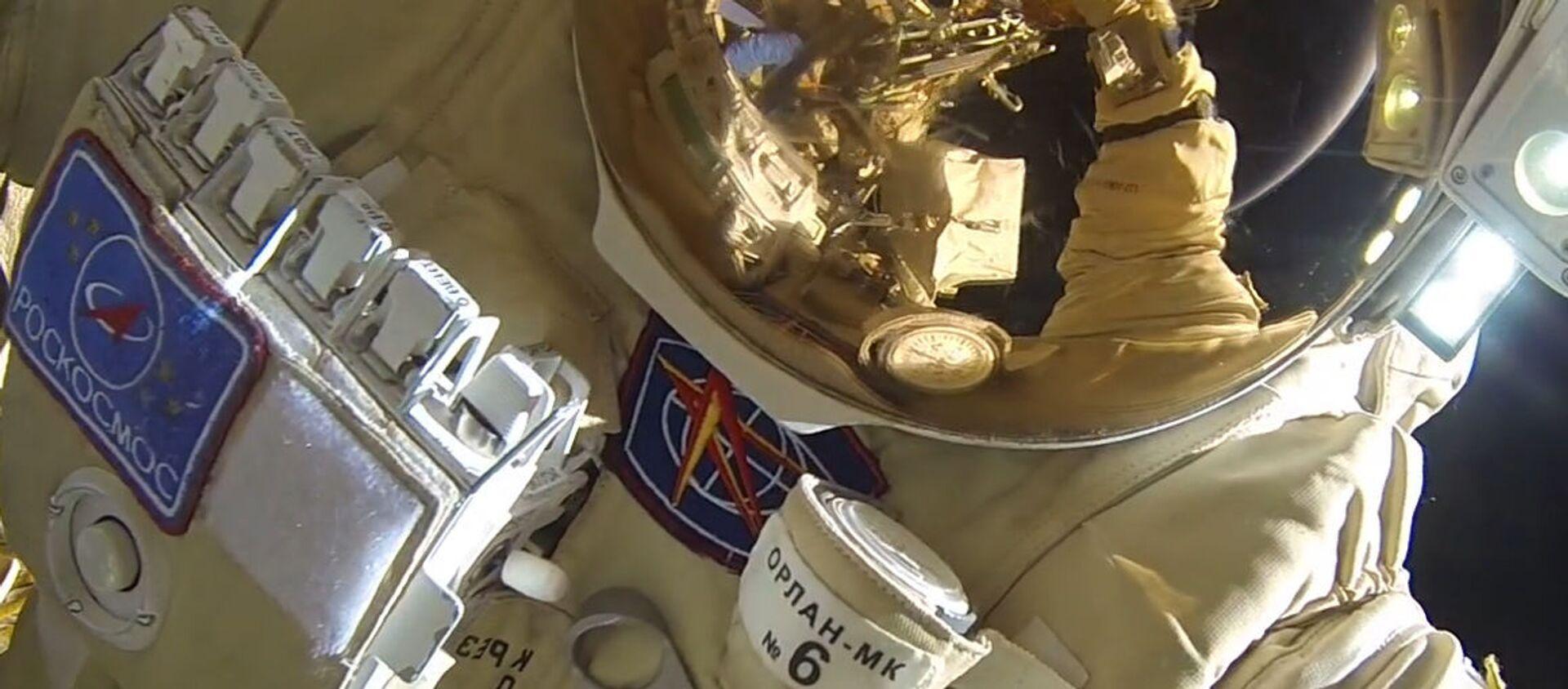 Un cosmonauta (imagen referencial) - Sputnik Mundo, 1920, 31.12.2019