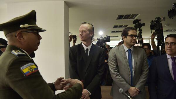Ola Bini, acusado por Ecuador por un ciberataque - Sputnik Mundo