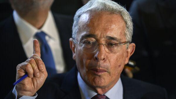 Álvaro Uribe, expresidente de Colombia (2002-2010) - Sputnik Mundo