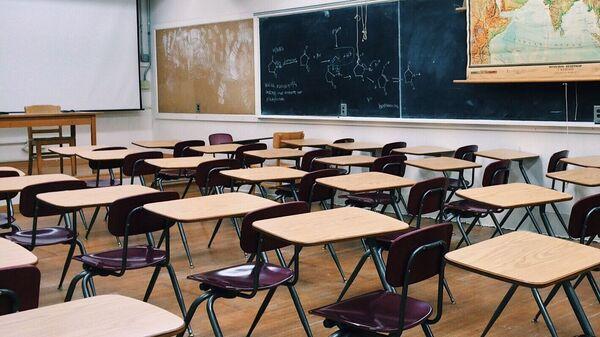 Una clase de escuela (imagen referencial) - Sputnik Mundo