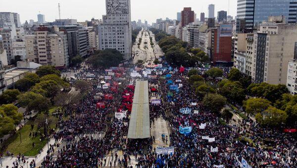 Protesta contra Gobierno argentino en Buenos Aires - Sputnik Mundo
