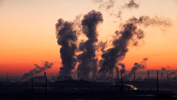 Aire contaminado (imagen referencial) - Sputnik Mundo
