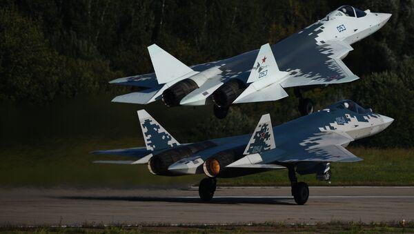 Los cazas rusos de quinta generación SU-57 - Sputnik Mundo