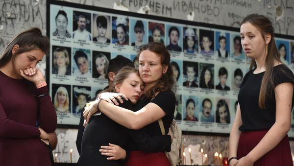 Las víctimas del ataque terrorista de Beslán - Sputnik Mundo