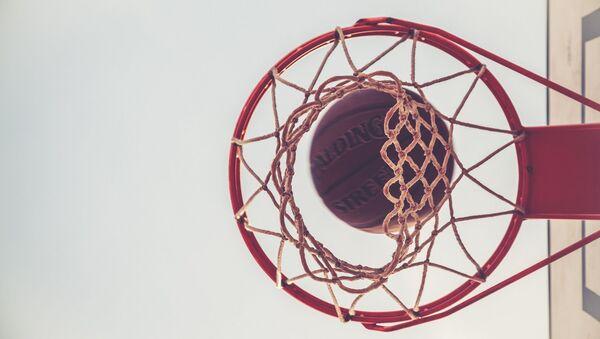 Un balón de baloncesto (imagen referencial) - Sputnik Mundo
