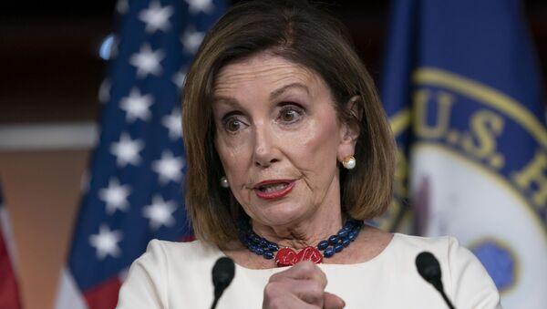 Nancy Pelosi, la presidenta de la Cámara Baja. - Sputnik Mundo