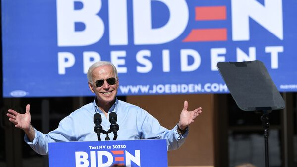 El demócrata Joe Biden durante la campaña presidencial - Sputnik Mundo