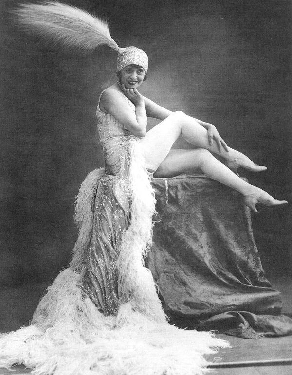 Mistinguett (1875-1956), French singer of variety. Paris, Moulin-Rouge. - Sputnik Mundo
