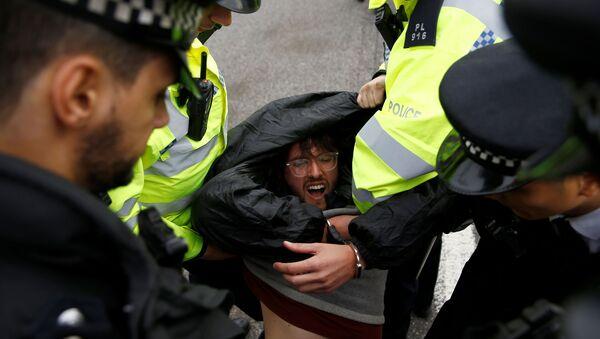 Detenciones de los activistas climáticos en Londres - Sputnik Mundo