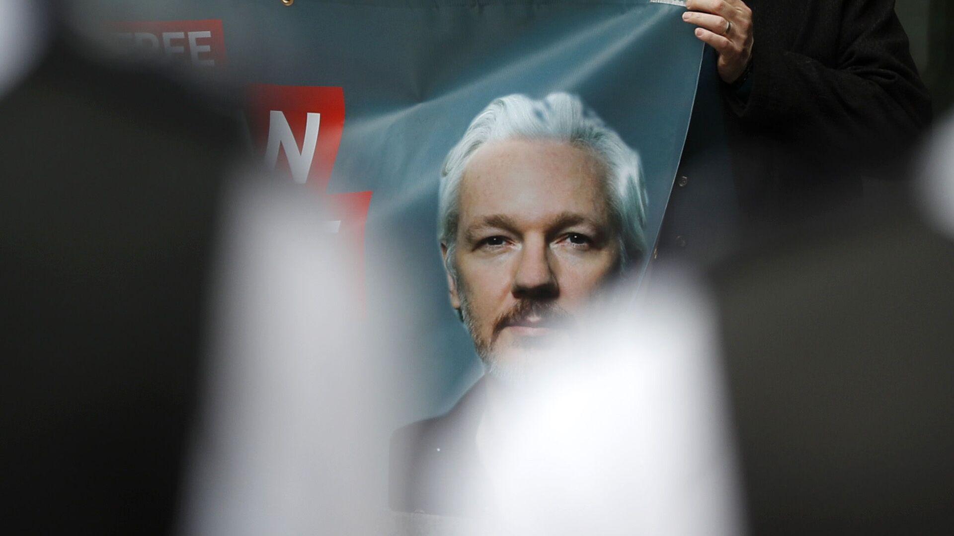 Retrato de Julian Assange, fundador de Wikileaks - Sputnik Mundo, 1920, 27.09.2021
