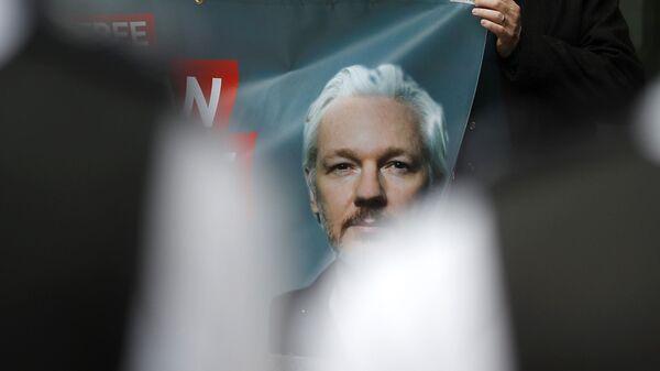 Retrato de Julian Assange, fundador de Wikileaks - Sputnik Mundo
