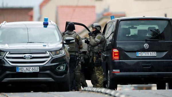 Agentes de la Policía en el lugar del tiroteo - Sputnik Mundo