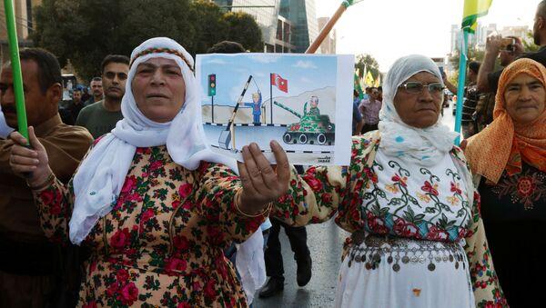 Kurdos sirios protestan contra la ofensiva turca - Sputnik Mundo