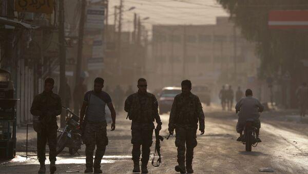 Militares en la ciudad siria de Tal Abiad - Sputnik Mundo