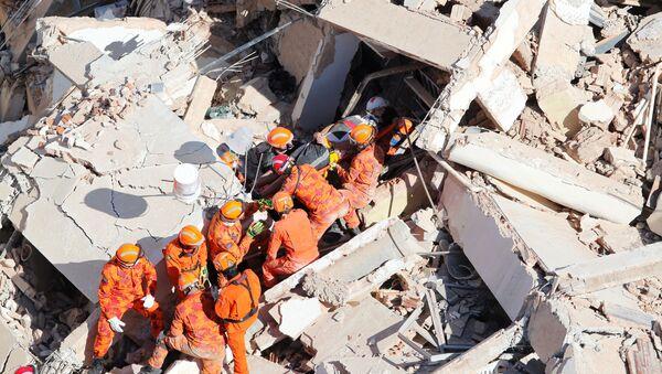 Derrumbe de un edificio en la ciudad brasileña de Fortaleza - Sputnik Mundo