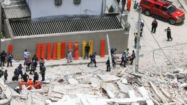 El edificio derrumbado en Fortaleza, Brasil  - Sputnik Mundo