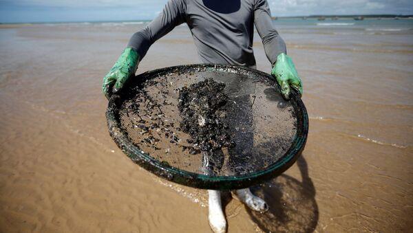 Petróleo en las costas de Brasil - Sputnik Mundo