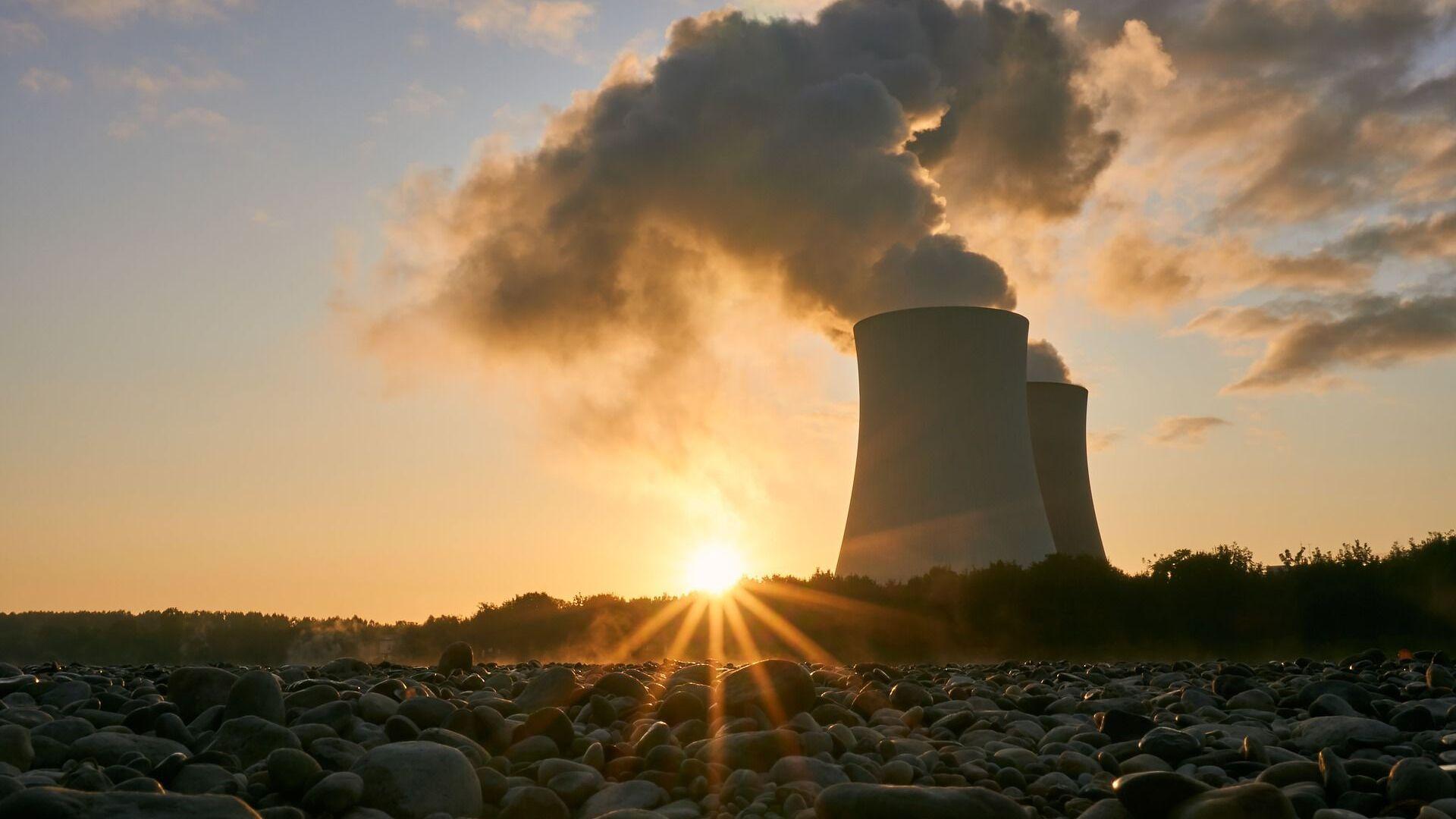 Una planta nuclear - Sputnik Mundo, 1920, 13.10.2021