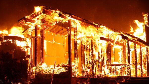 Incendios en California - Sputnik Mundo