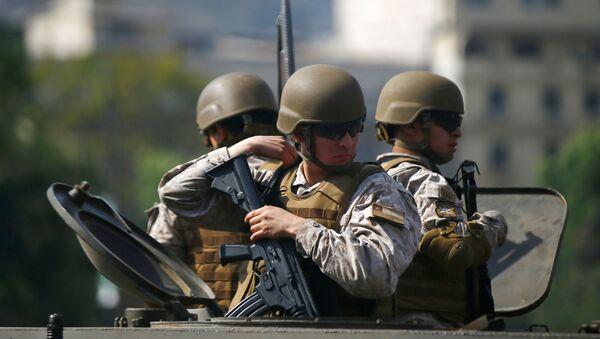 Militares chilenos en Santiago - Sputnik Mundo