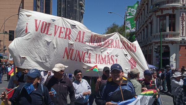 Manifestantes denuncian el intento de golpe de Estado a Evo Morales - Sputnik Mundo