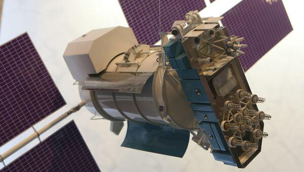 Un modelo del satélite Glonass-M  - Sputnik Mundo