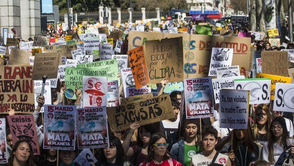 Una huelga climática en Madrid - Sputnik Mundo