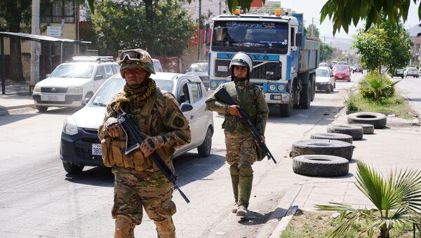 Militares en las calles de Bolivia - Sputnik Mundo