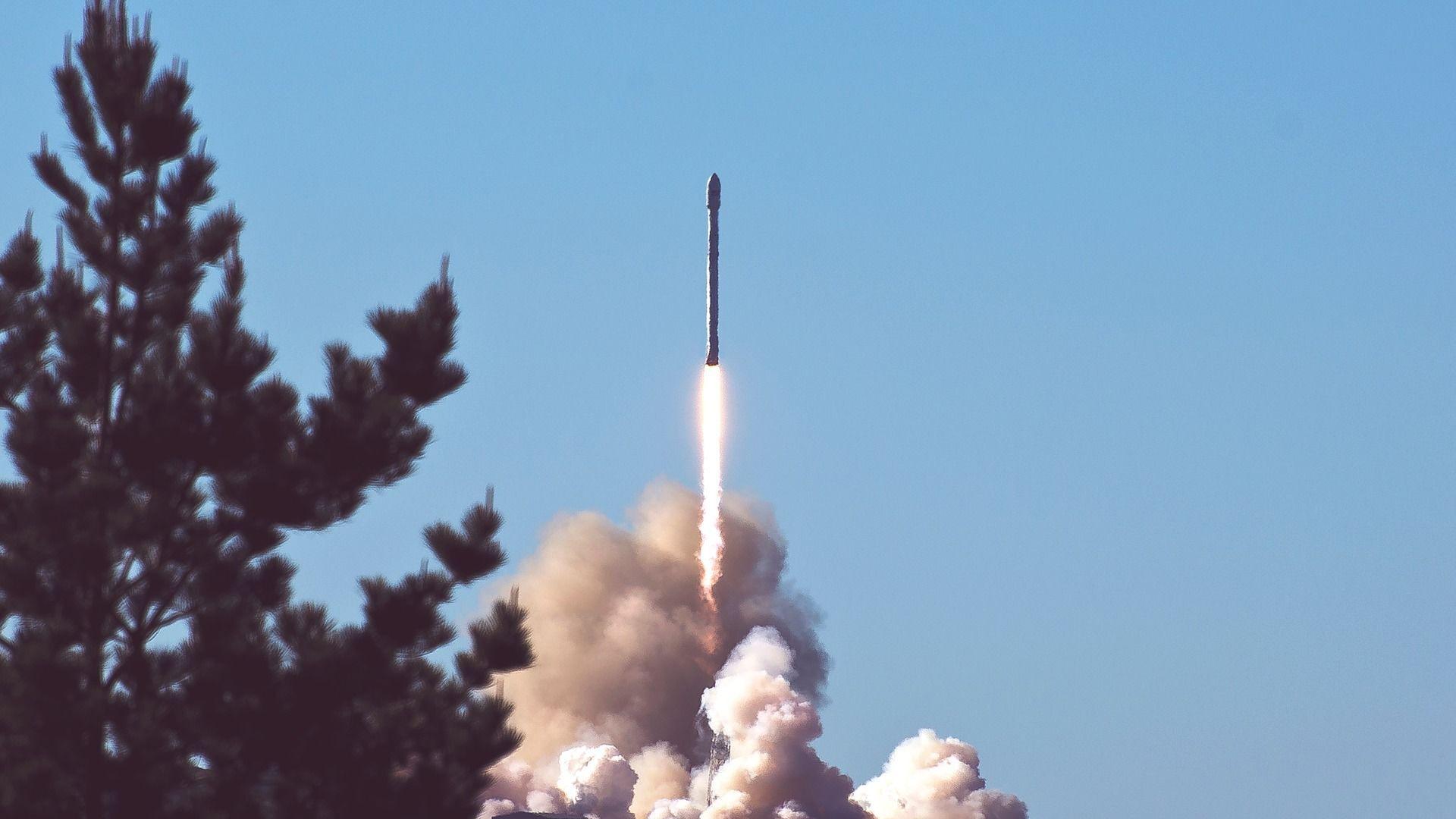 Lanzamiento de un misil. Imagen referencial - Sputnik Mundo, 1920, 17.02.2021