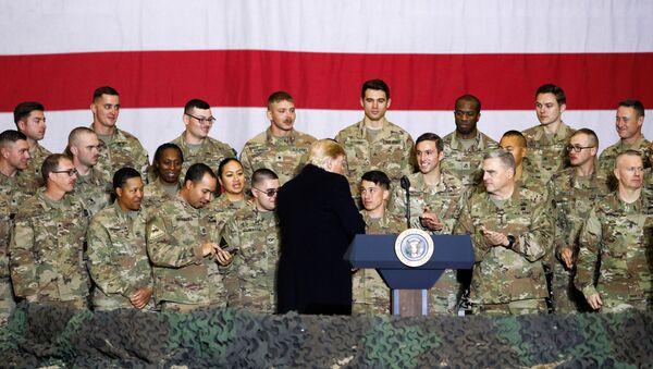 El presidente de EEUU, Donald Trump en Afganistán - Sputnik Mundo