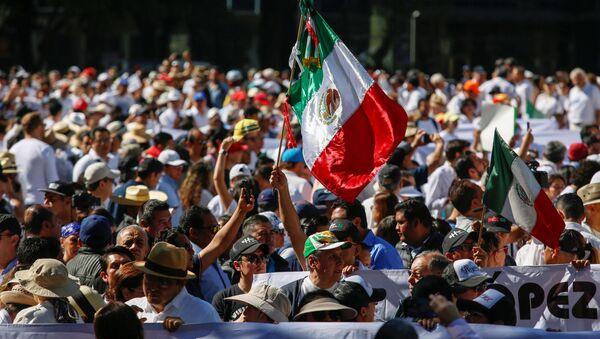 Marcha contra la inseguridad en México - Sputnik Mundo