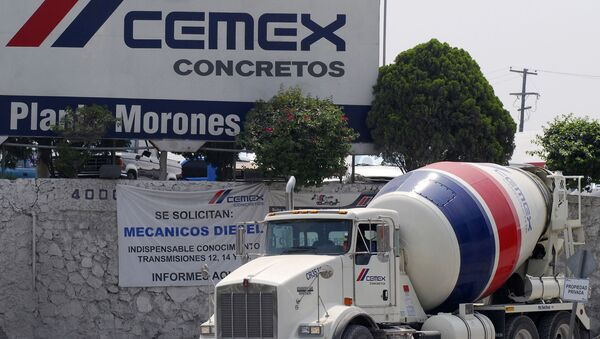 Un camión de la empresa mexicana Cemex - Sputnik Mundo