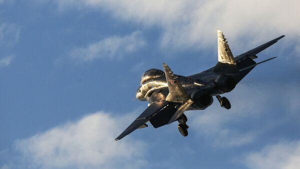Caza ruso MiG-29KUB - Sputnik Mundo