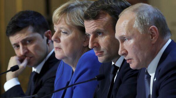 Los líderes del Cuarteto de Normandía: Volodímir Zelenski, Angela Merkel, Emmanuel Macron y Vladímir Putin - Sputnik Mundo