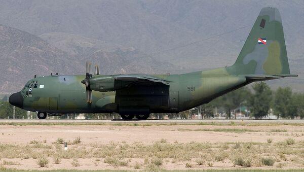 C-130B Hercules de la Fuerza Aérea Uruguaya  - Sputnik Mundo
