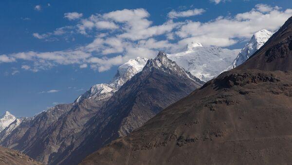 Las montañas Hindu Kush - Sputnik Mundo