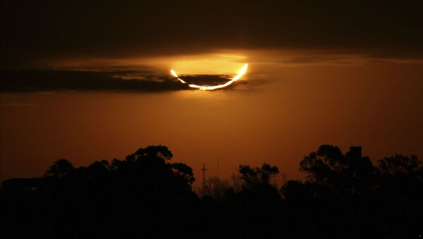 Eclipse solar sobre Argentina, el 2 de julio de 2019 - Sputnik Mundo