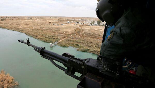 Un miembro de la Fuerzas de Seguridad iraquí - Sputnik Mundo