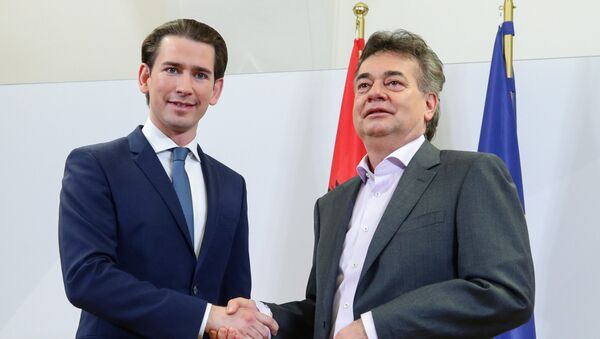 Sebastian Kurz, líder del Partido Popular Austríaco, y Werner Kogler, líder de Los Verdes - Sputnik Mundo