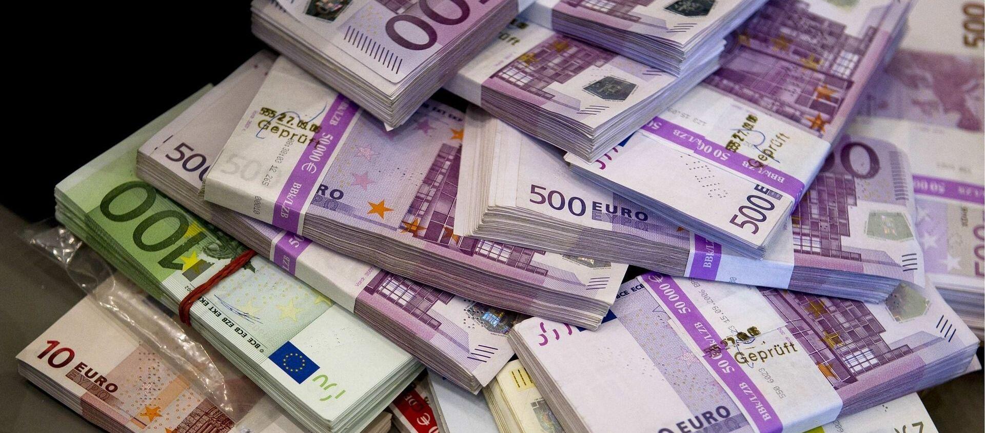 Billetes de euro - Sputnik Mundo, 1920, 10.01.2020