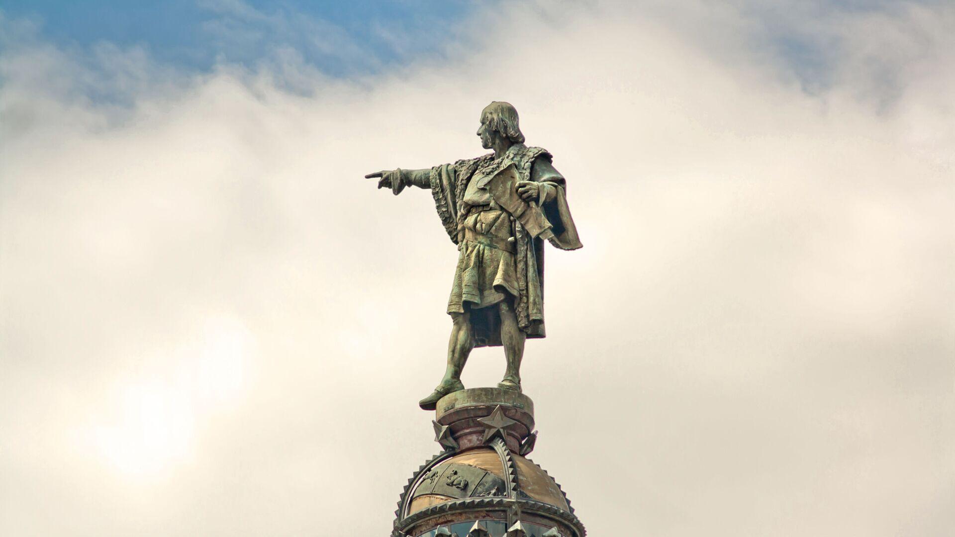 El monumento de Cristóbal Colón en Barcelona, España - Sputnik Mundo, 1920, 11.10.2021