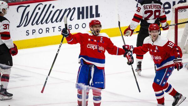Alex Ovechkin, jugador de hockey ruso, capitán de Washington Capitals - Sputnik Mundo