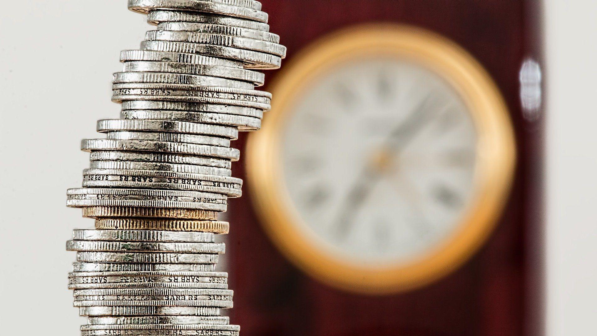 Monedas (imagen referencial) - Sputnik Mundo, 1920, 13.10.2021