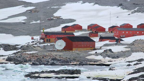 Una estación argentina en la Antártida - Sputnik Mundo